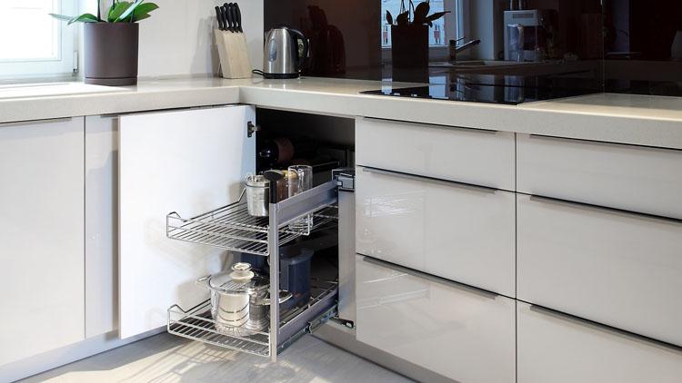 Kitchen Remodeling Woodland Hills - BMI Group Inc